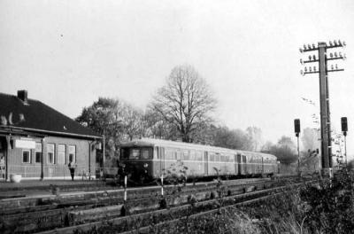 Akkutriebwagen 515 + 815 in Xanten