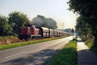 RAG 643 auf der Zechenbahn des Bergwerks West (Friedrich-Heinrich).